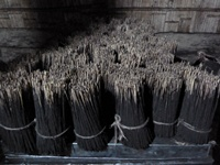Incense_sticks_bundled