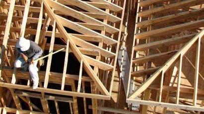 1412 - 25_building_social_housing_Canada