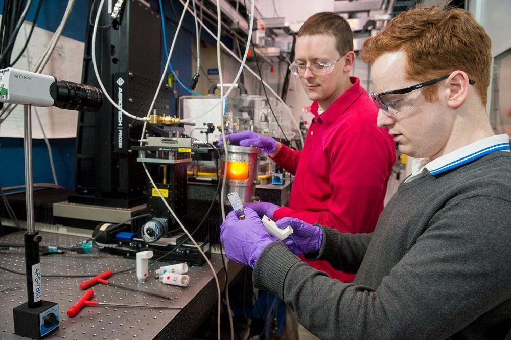 Medical spray research on beamline.