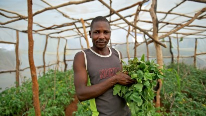 Some developing country governments get support from foundations aimed at reducing poverty by modernising agriculture, supporting the informal sector and enhancing competitiveness within specific value chains.Credit CAFOD