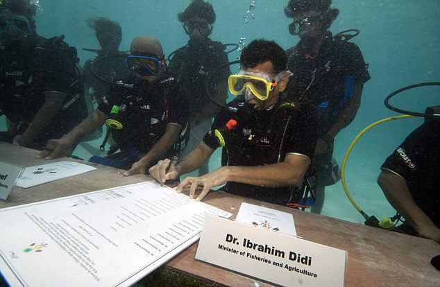 Maldivian Underwater Cabinet Meeting prior to the COP 15, 2009.