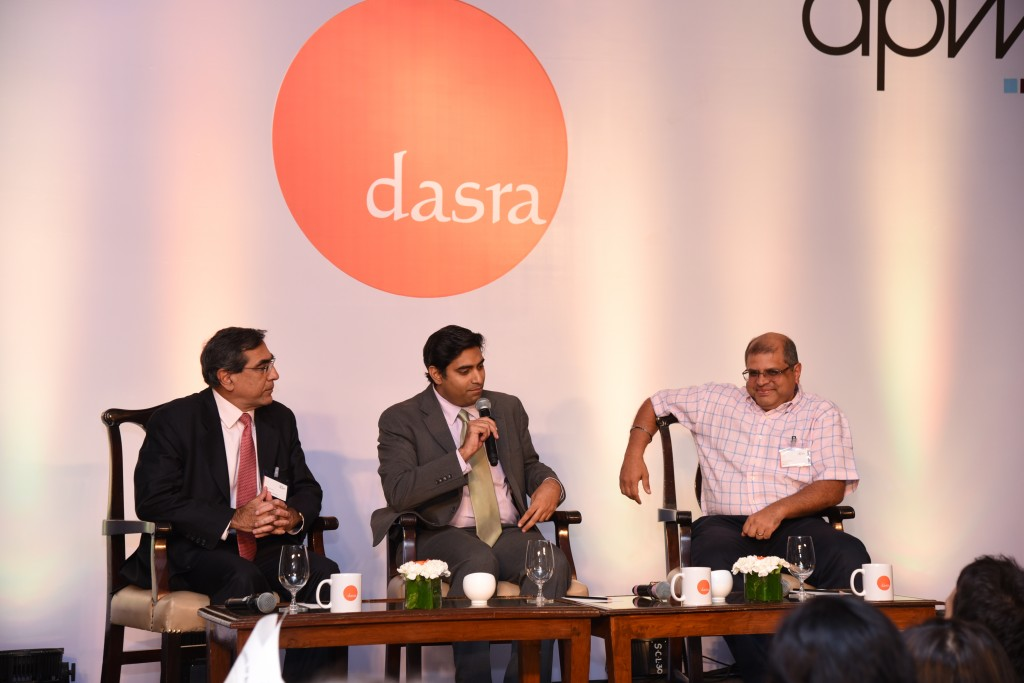 Partnership announced at Dasra Philanthropy Week 2016: (L to R) Tarun Jotwani (Dasra), Deval Sanghavi (Dasra) and Venkat Krishnan (GiveIndia).