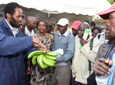 34-35-members-of-banana-growers-association-of-kenya