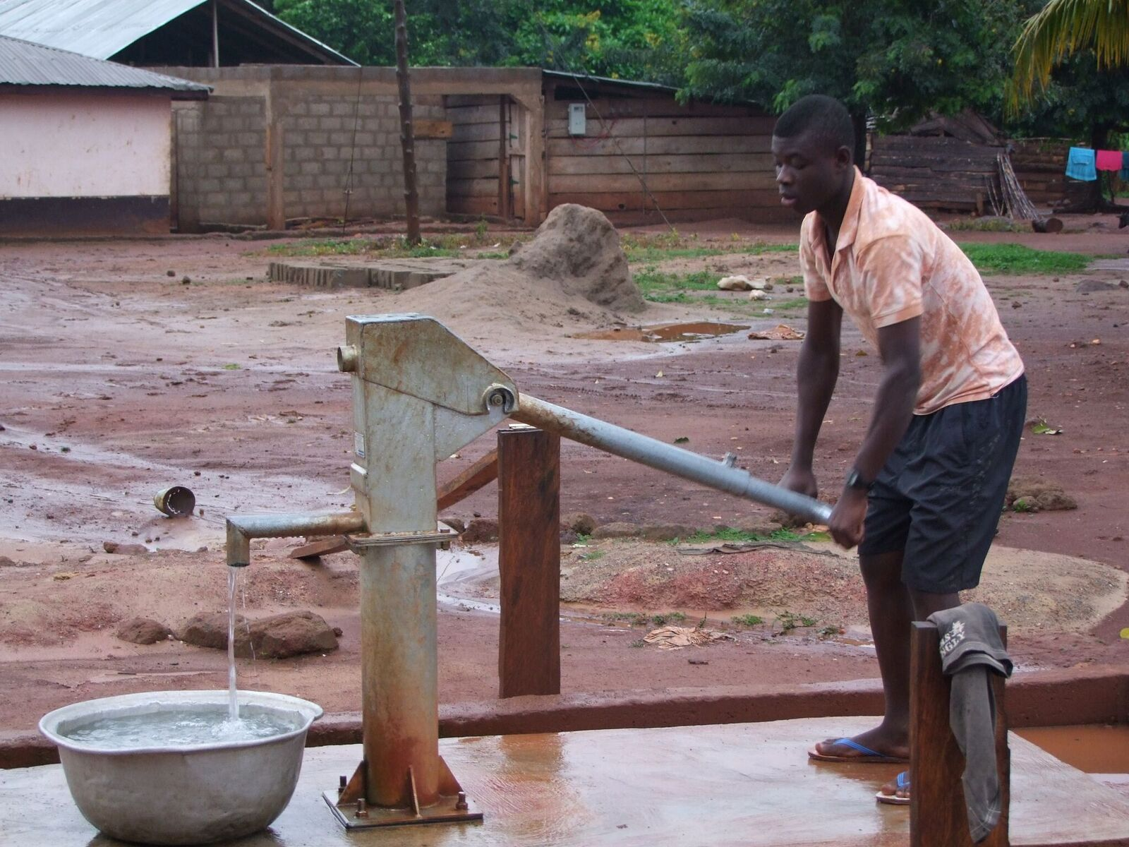 Hand pump borehole at Terchire community park